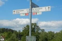 Hinweisschilder am Oder-Neiße-Radweg